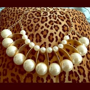 Jewelry - Egyptian Style - Gold/ Pearl Choker/Necklace